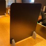 5枚入 飛沫感染対策仕切りパーテーション スチレンボード製 ミラボードSP 脚付(小)型 黒+市松模様