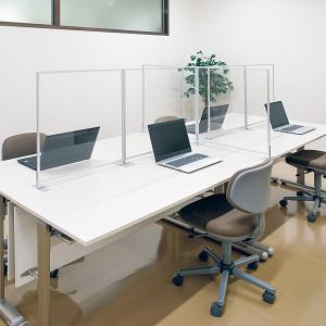 オフィスのアクリルパーテーション設置事例写真