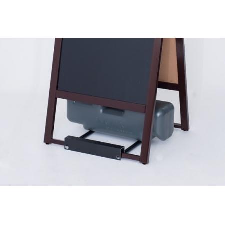 ※写真は、別商品の小型のA型マーカーボードカスタムですが、こちらの写真の要領で注水置台とウエイトをセットすることができます。