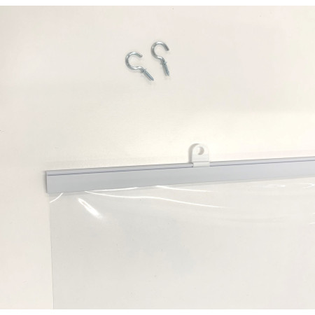 上部バー・吊具付きで届いたらスグにご利用いただけます。