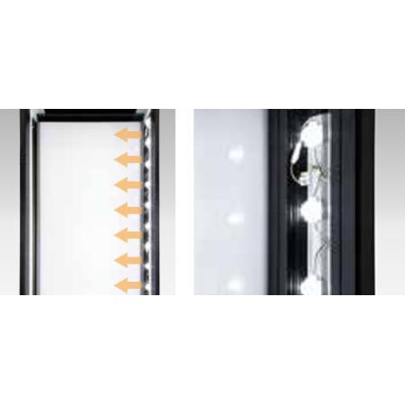■ADO-900NE-LEDシリーズは、看板内部の片側にLEDモジュールを配置することでムラのない均一な光と明るさを実現させました。