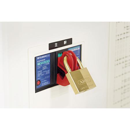 取付方法(3):?鍵と本体が確実にロックされているか確認します。