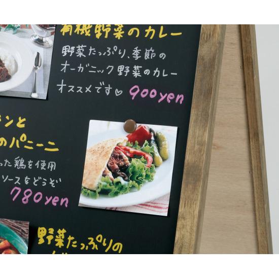 マグネットが使えるので料理の写真なども掲示できます。
