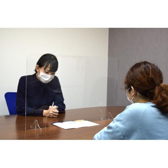 ■飛沫感染防止用スタンドL-800 使用事例写真