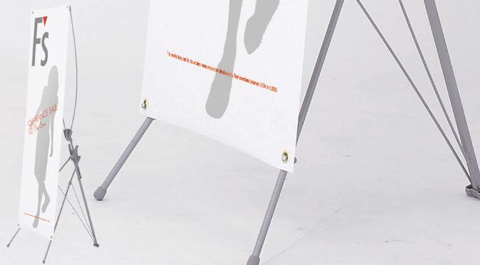 ハトメ型のバナースタンドのイメージ
